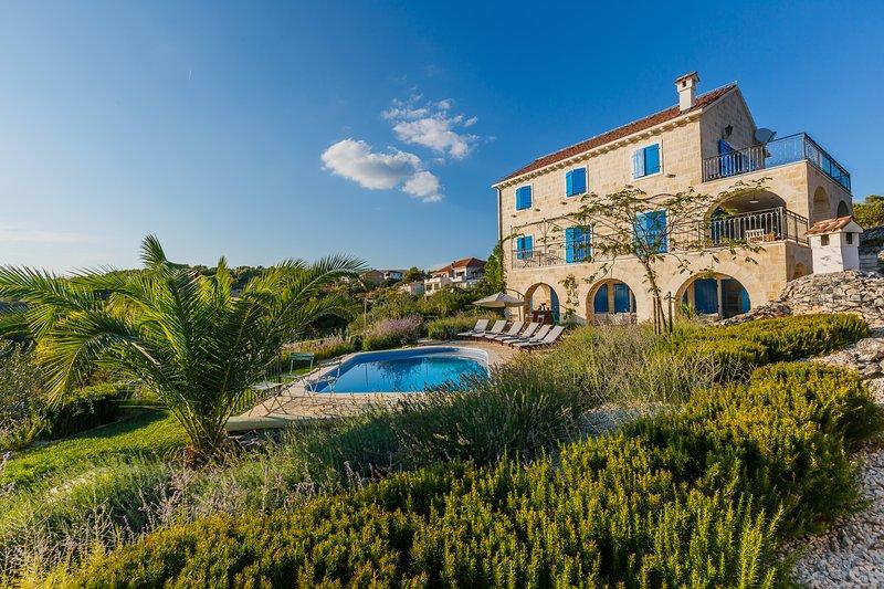 Villa Amarina