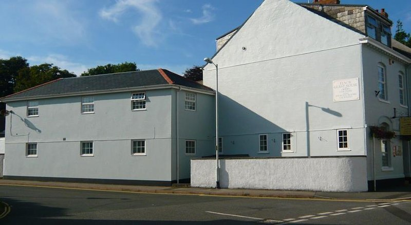 Elnor Guest House - Basic Single Room, holiday rental in Menheniot