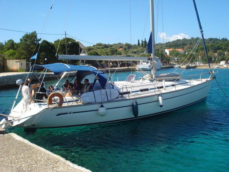 EY sailing, aluguéis de temporada em Lefkada Town