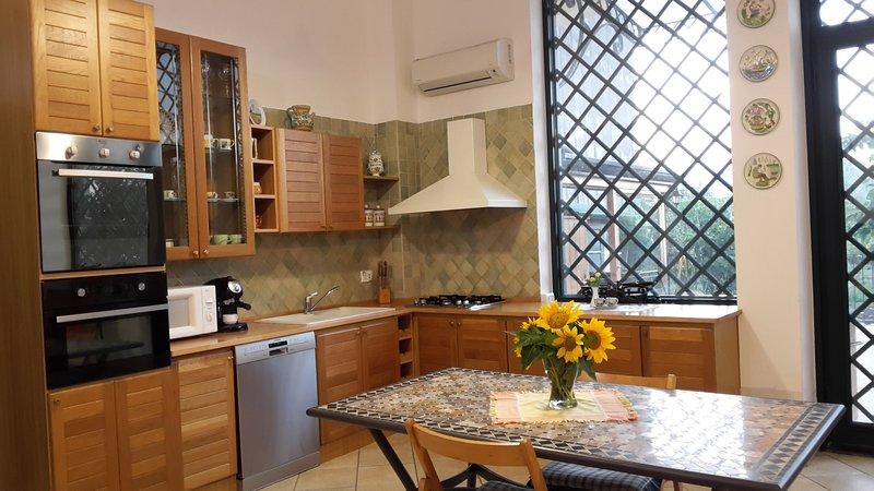 Casa Vacanza Da Isa, vacation rental in Aci Sant'Antonio