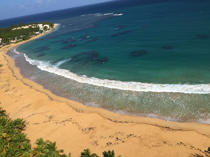 Paradise on the Beach!, holiday rental in Luquillo