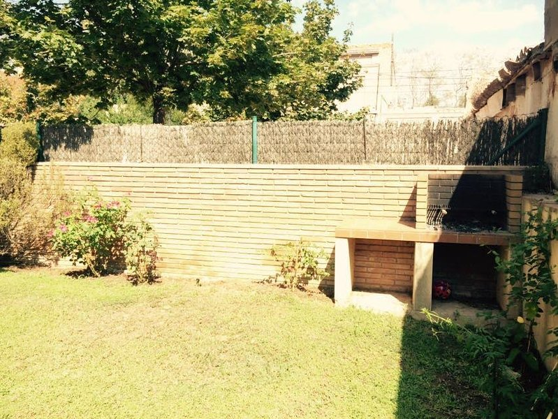 120m2 garden with barbecue!