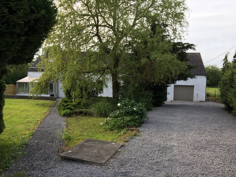 Gîte barage de l'Eau d'Heure Notre Rêve, holiday rental in Cerfontaine