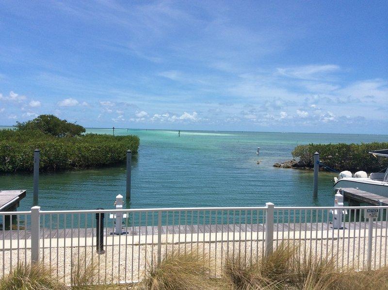 Blick vom Pool, Sandbank und Wohnungen Fischen nur wenige Minuten