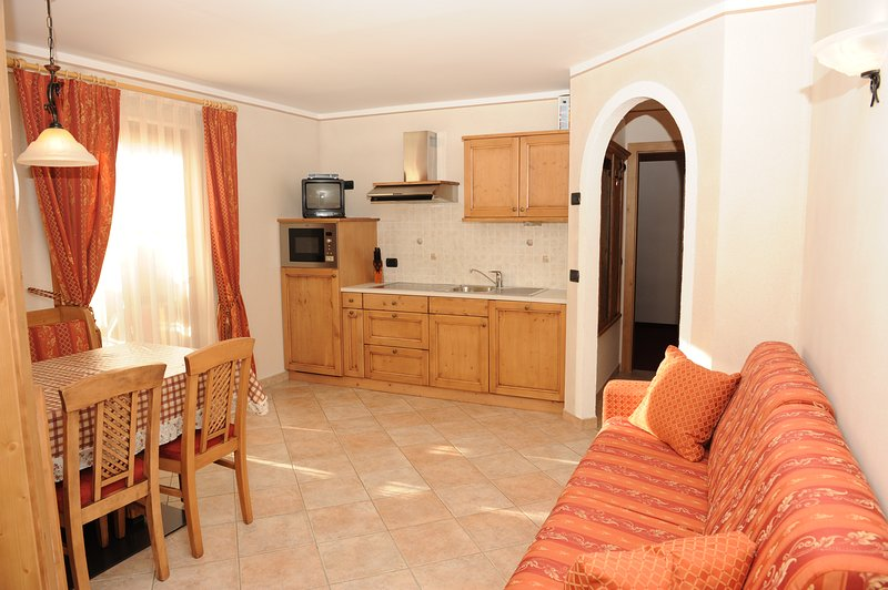 Trilocale 2 60sqm  The apartment is on the first floor with balcony, and consists of two bedrooms