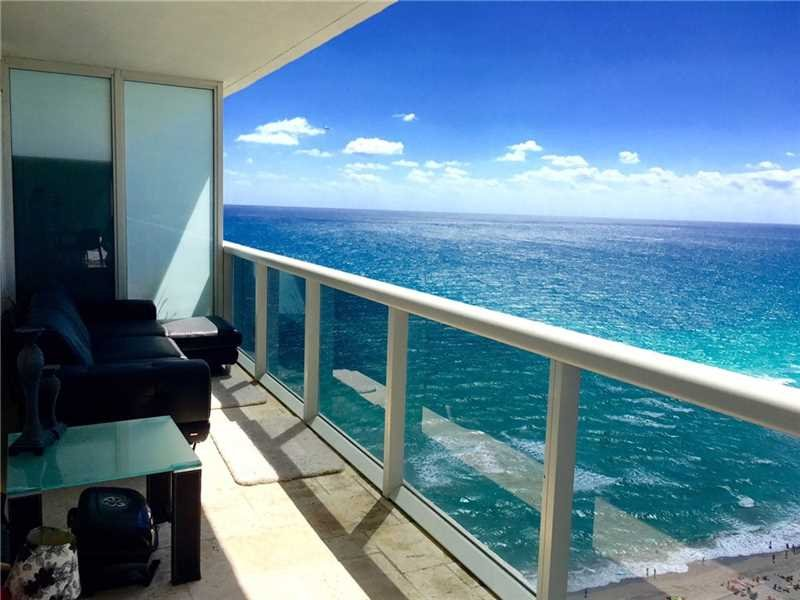 BEACH CLUB ON THE BEACH 5-STAR 3/3, holiday rental in Hallandale Beach