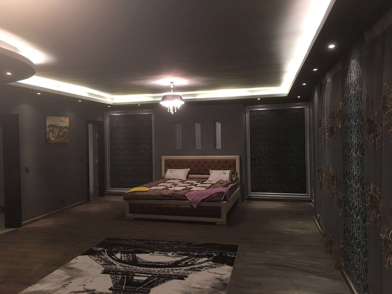 The Luxuriousness Master Bedroom