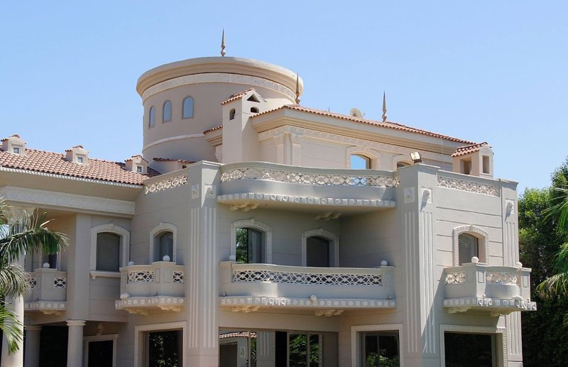 The Heavenly, Lakeview Villa