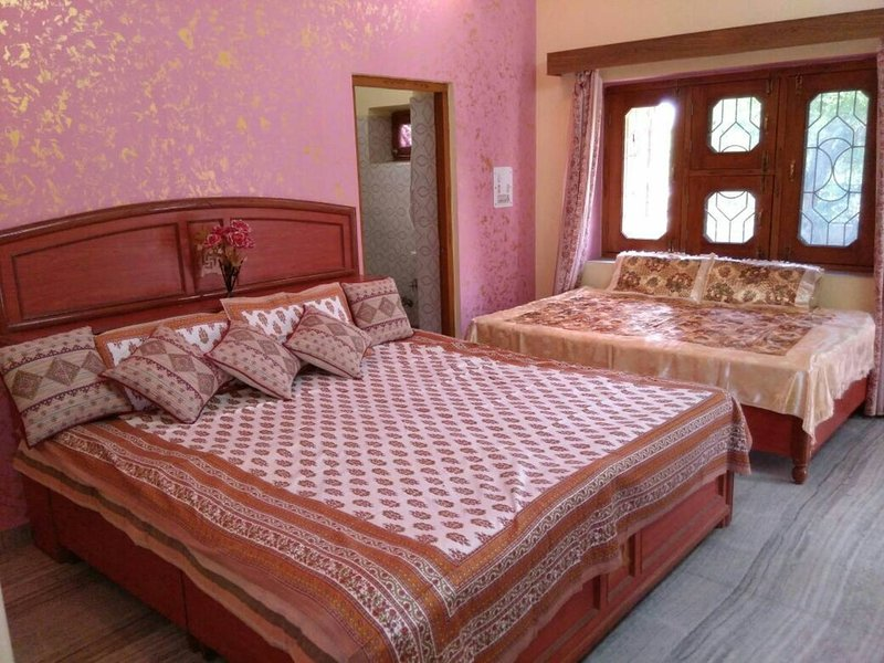 Rest Easy Homestay, vacation rental in Ajmer