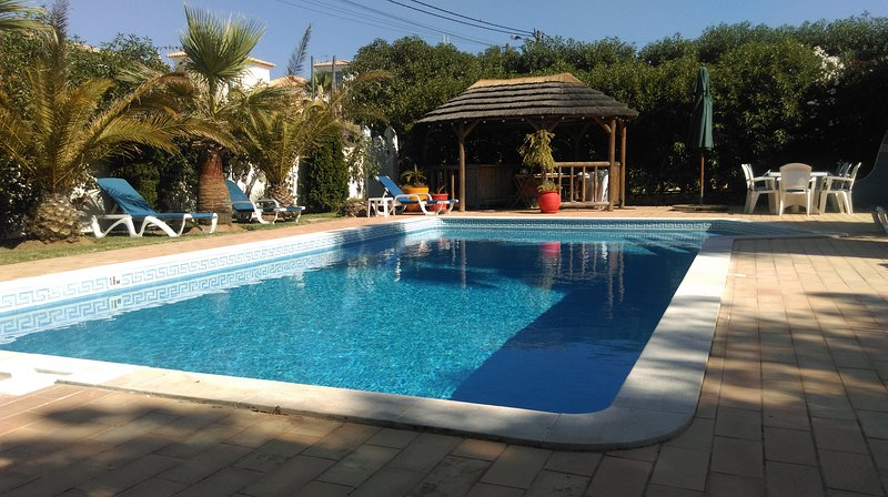 CASA BEE, vacation rental in Albufeira