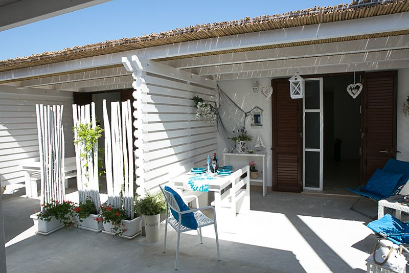 appartamenti in Villa Nina, nuovi ed accoglienti, location de vacances à Ispica