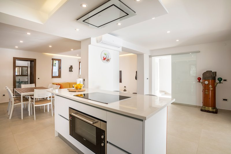 kitchen island and oven