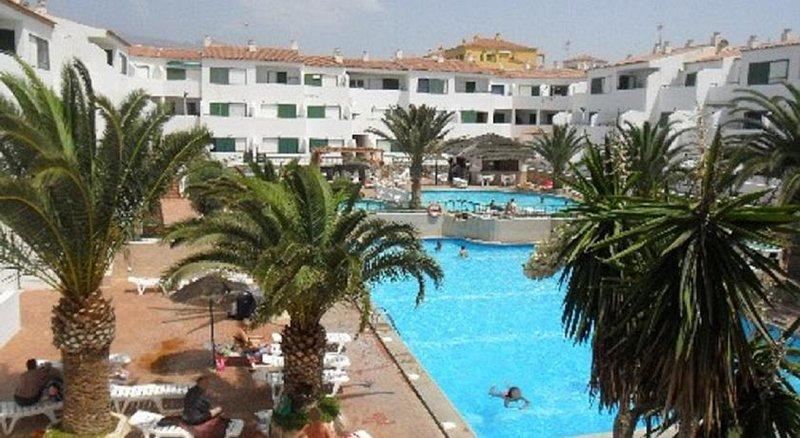 Antomax Apartment in Costa del silencio, vacation rental in Costa del Silencio