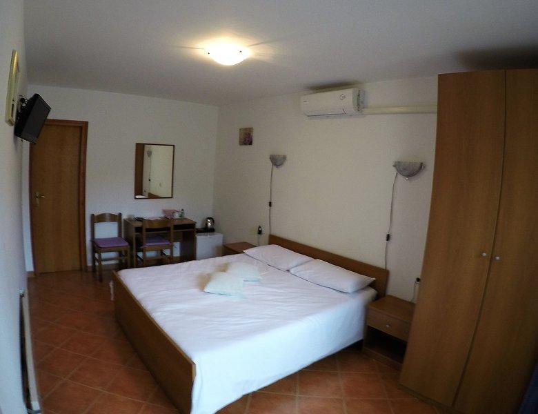 Room near the sea No1, location de vacances à Nova Vas