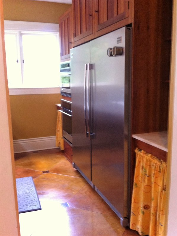 one side of 8x11ft pantry