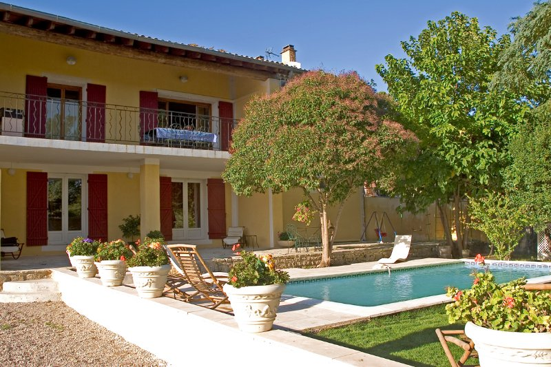 The beautiful yellow ocher frontage provencal