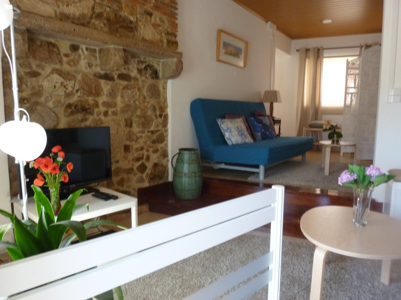 Apartamento 1 da Aldeia do Espirito Santo, holiday rental in Colares