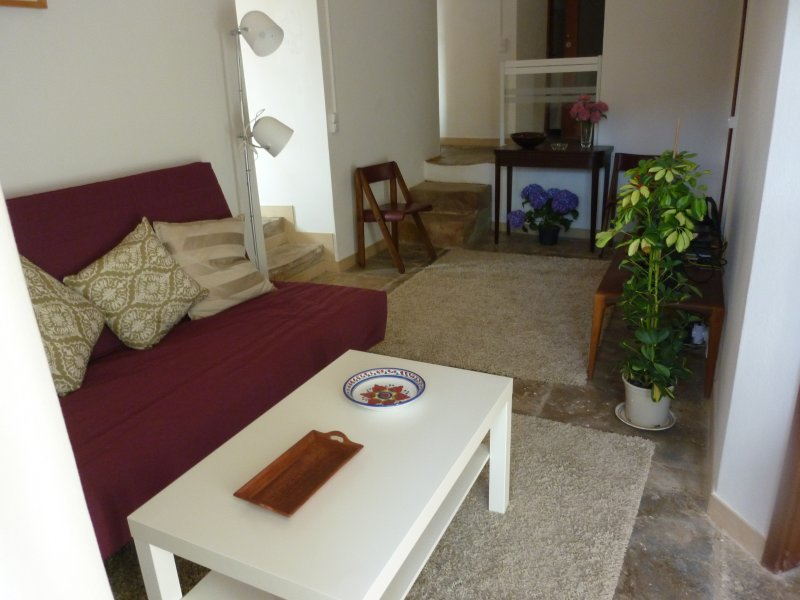 Apartamento 2 da Aldeia do Espírito Santo, holiday rental in Colares