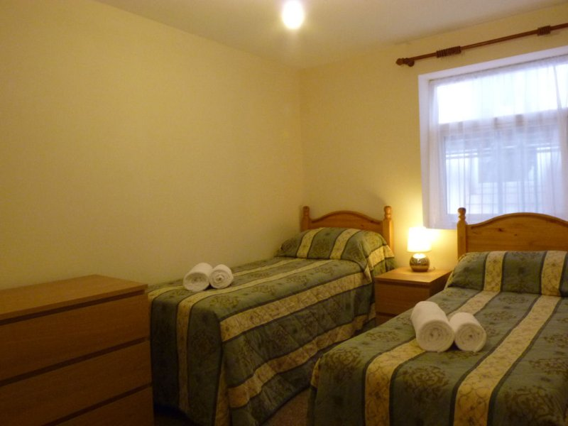 2nd Bedroom, can be set as two single beds or a Kingsize bed.