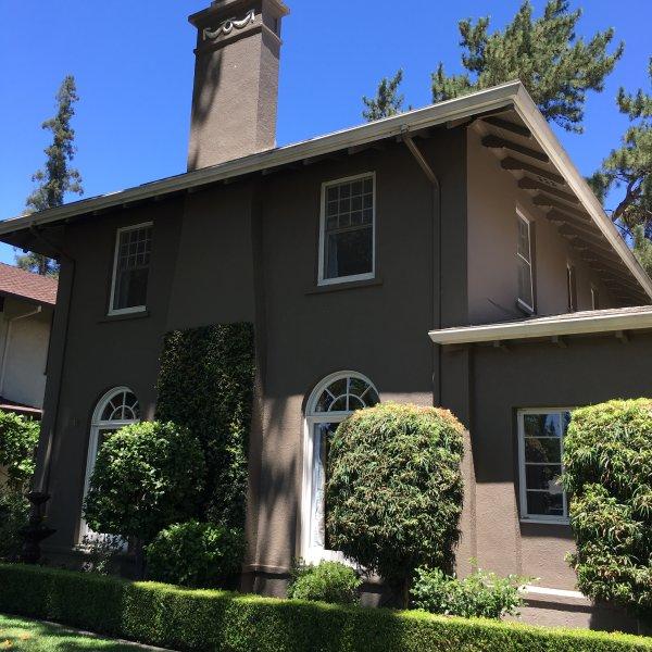 The Sideways House, location de vacances à Acampo