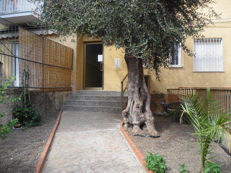 Gebäude Eingang Casa Marina