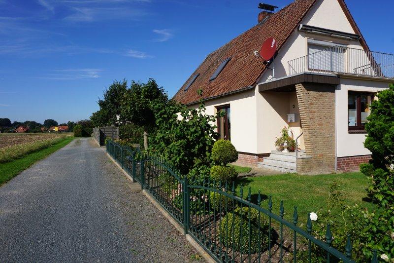 Ferienwohnung Eystrup, EG, WLAN, zwei Bäder, 80qm, vacation rental in Bruchhausen-Vilsen
