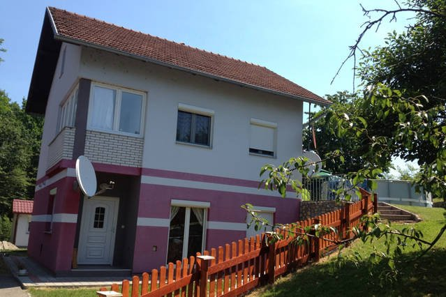 The apartment is the entire upper part of the property including terrace and garden.