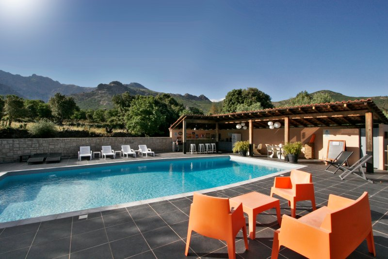 T2 ALBITRU dans villa corse, location de vacances à Haute-Corse