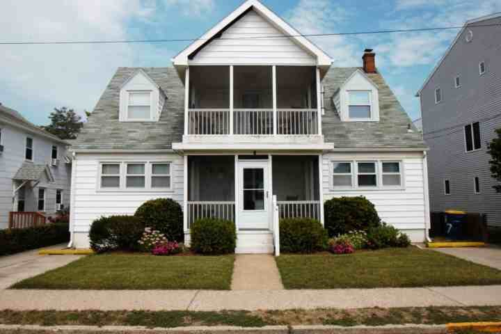 7 Hickman St. Rehoboth Beach, First Floor and Lower Level