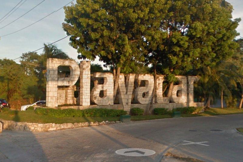 Entrance Playacar