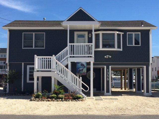 Family Tides, vacation rental in Beach Haven West