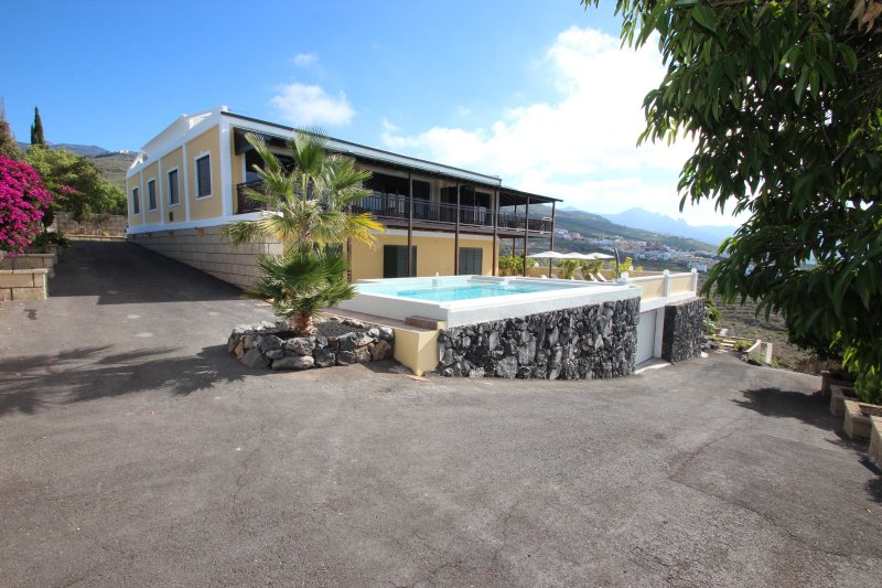 Finca Tenerife - Holiday Villa Amagante, holiday rental in Barrio Los Menores
