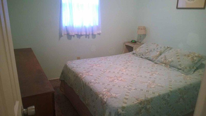 Slaapkamer 1 - Queen bed