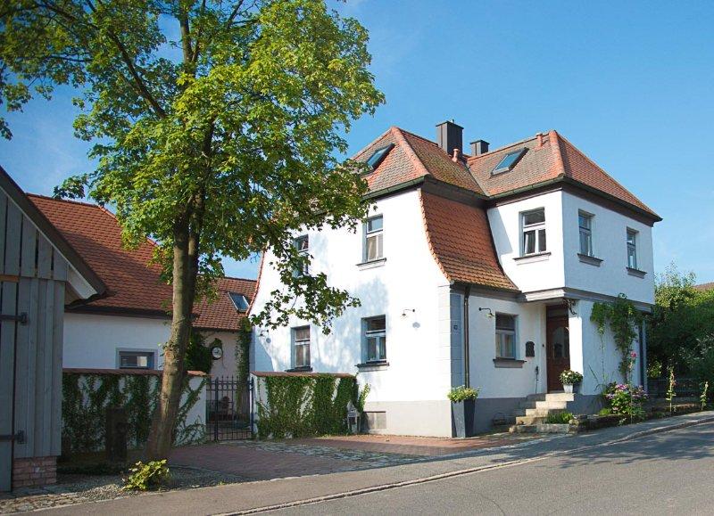 Gästehaus Kunstwerkstatt Kohlberg, location de vacances à Neustadt an der Waldnaab