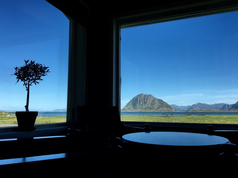House by the sea in Lofoten, Norway, holiday rental in Nordland