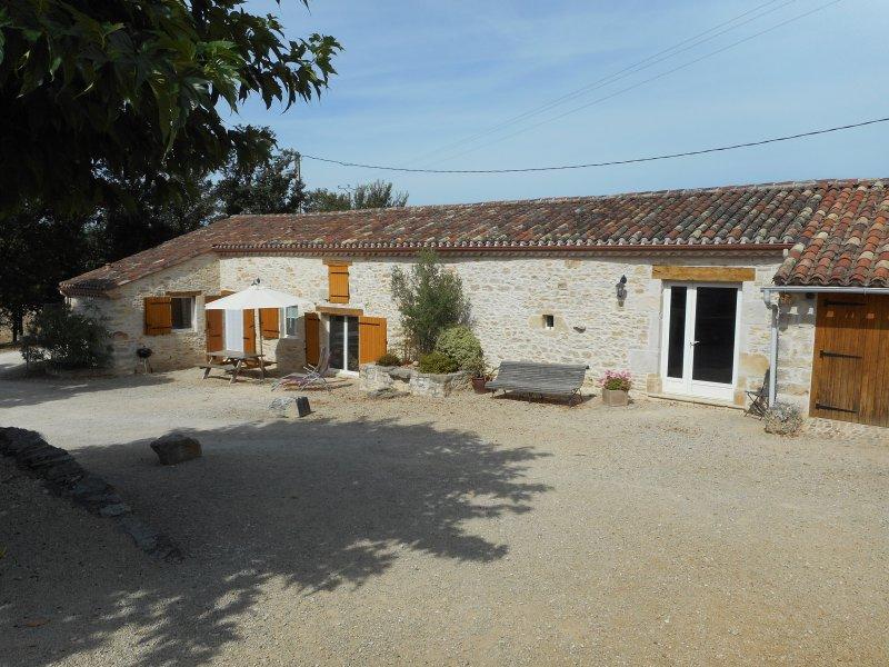 Gîte Miret, location de vacances à Thézac