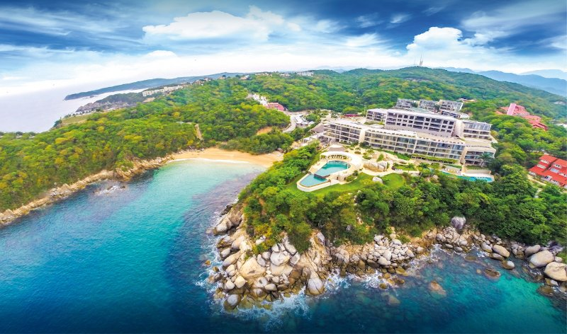 53787 - Multiple pools, gym, restaurant and direct beach access, holiday rental in Huatulco