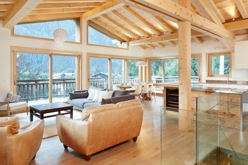 5 bedroom luxury chalet - best views in Chamonix, vacation rental in Chamonix