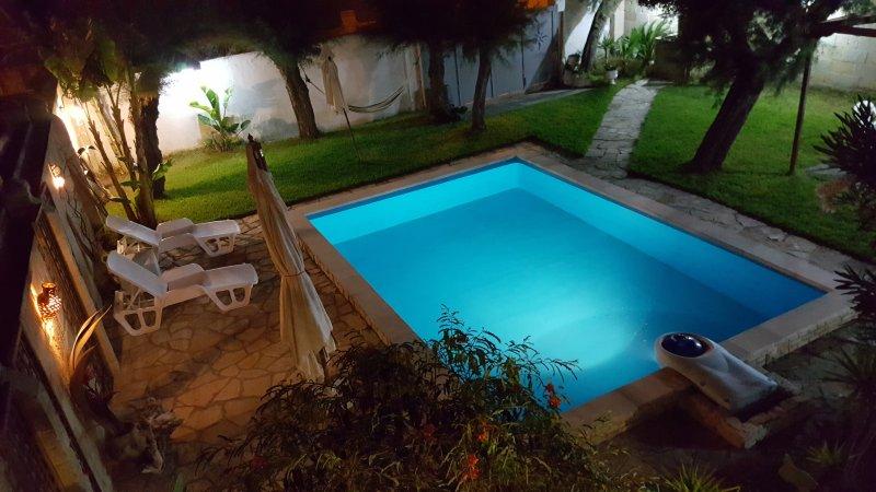Casalabate villa con piscina, location de vacances à Casalabate