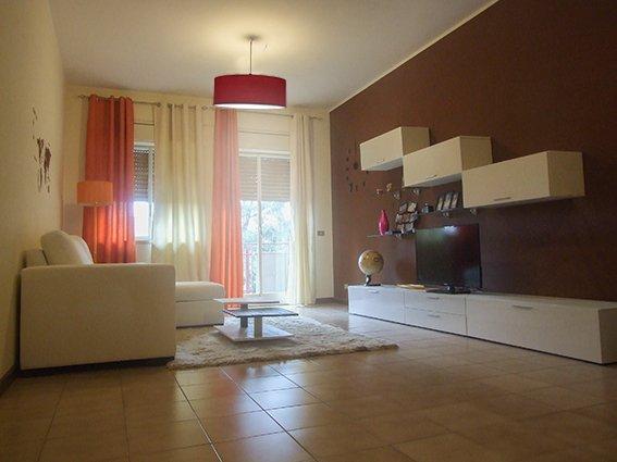 Appartamento strategico per tutte le esigenze., vacation rental in Tremestieri Etneo