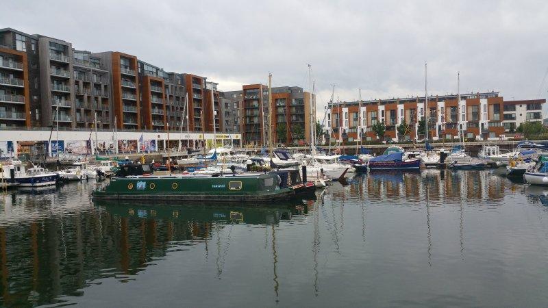 Modern Penthouse Marina Apartment, location de vacances à Clevedon