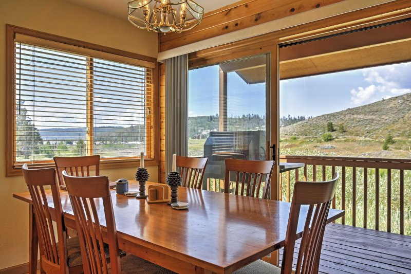 Enjoy dazzling views of the Continental Divide as you dine in the eating space.