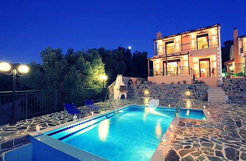 VillaCrete, Cosmopolitan & Ethereal, holiday rental in Kirianna