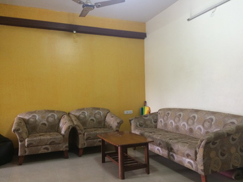 Master Bedroom with Private Balcony, holiday rental in Bengaluru
