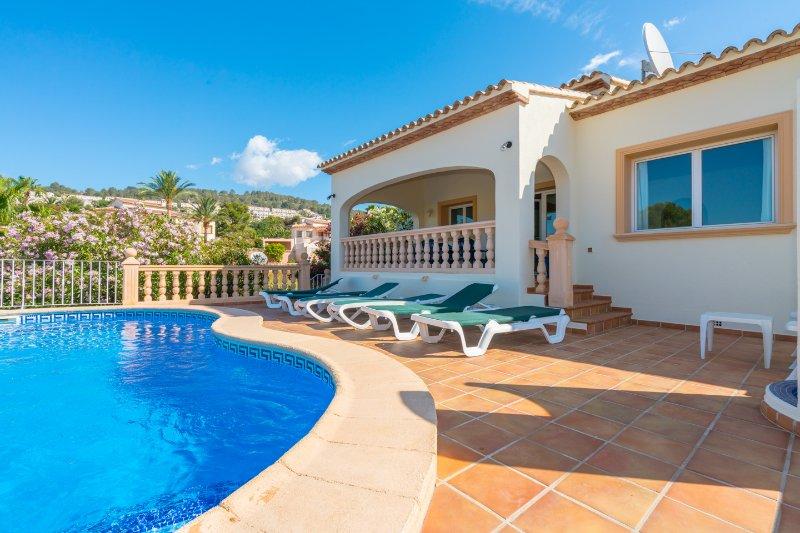 Villa Catalina, holiday rental in Calpe