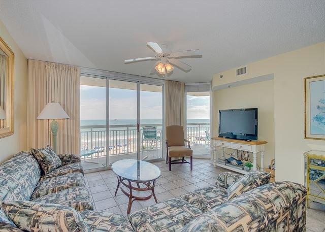 Oceanfront luxury condo and great amenities + FREE DAILY ACTIVITIES!, alquiler de vacaciones en North Myrtle Beach