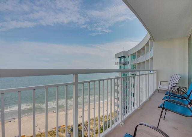 Oceanfront Balcony w/Seating