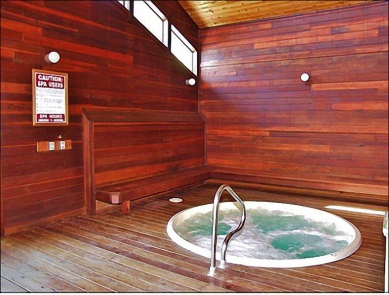 Amenity Center - Indoor Hot Tub, Restrooms, Vending