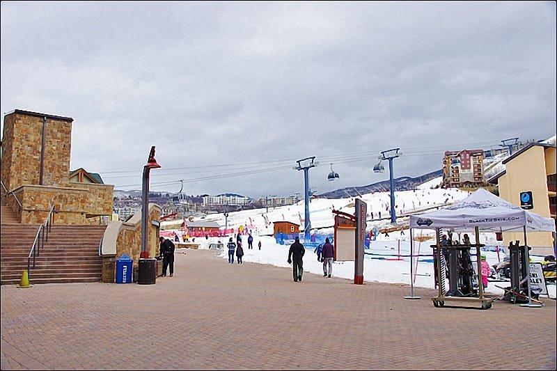Ski In Access - verwarmde loopbrug