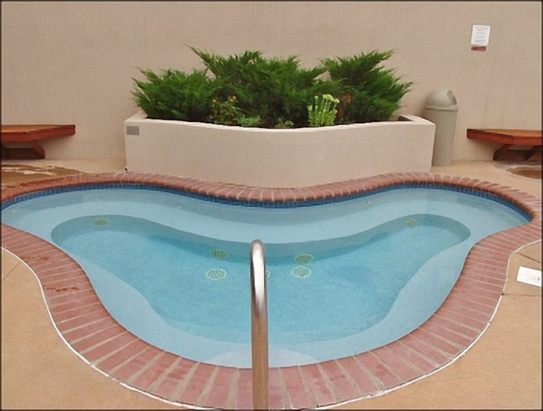 Extra large Hot Tub right by the pool and clubhouse